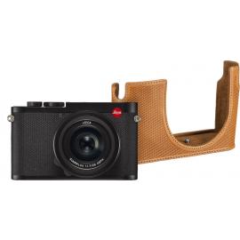 Leica Q2 + protector case